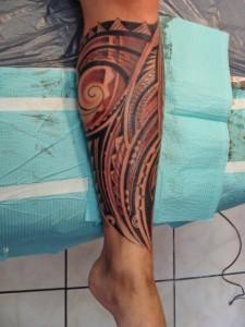 Hawaiian Tribal Leg Tattoos