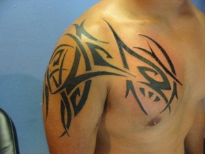 Mens Shoulder Tribal Tattoos