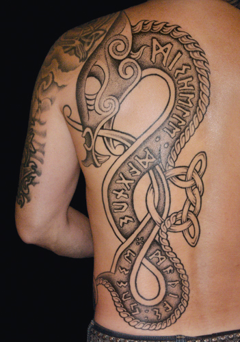 12 Awesome Traditional Tribal Tattoos