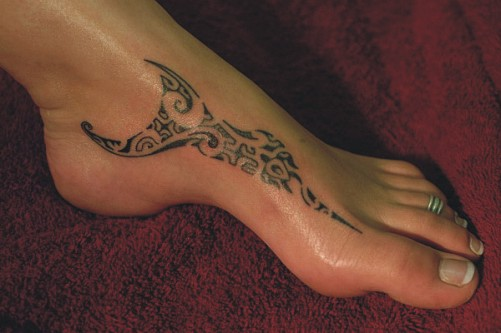 16 awesome tribal foot tattoos only tribal. Black Bedroom Furniture Sets. Home Design Ideas