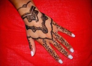 Tribal Hand Henna Tattoo