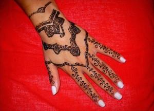 Tribal Hand Henna Tattoo